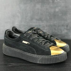 Woman's Puma Black Platform Sneakers Size 7.5